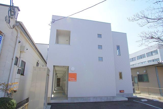 柴田町役場徒歩1分 デザイナーズアパート  オランジェ船岡 ネット無料 2階室